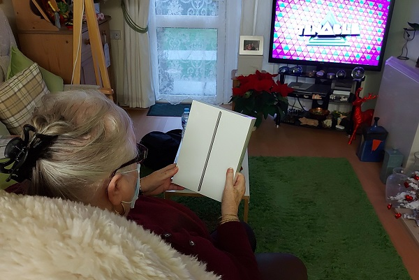Mount Green resident receiving ipad